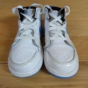 de026e99c81 Jordan Shoes - Nike Jordan 1 Mid White Legend Blue 640735-127